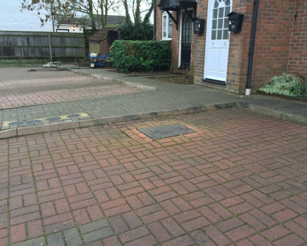 driveway cleaning service